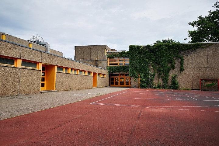 Escuela Reinfelder; uno de los lugares dónde se grabó Dark Foto: Diana Cmj