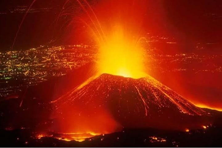 Explosión del Popocatépetl. Foto: Altavoz.