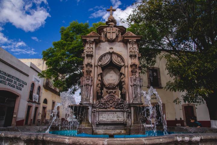 Fuente-de-los-conquistadores-Foto_conexstur