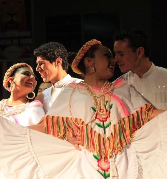 Huapango, baile tradicional Foto Lucy Melesio