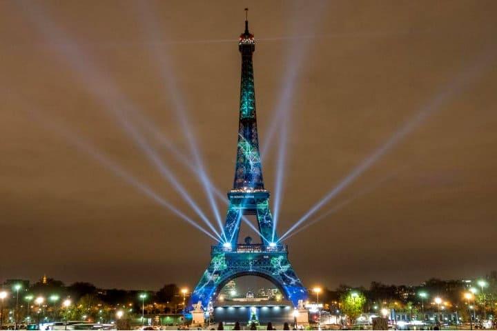 Illumination-COP21-One-heart-One-tree-©-E