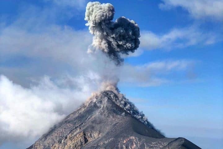 Imponente vista al volcán Foto: voumassemprevolto   Instagram