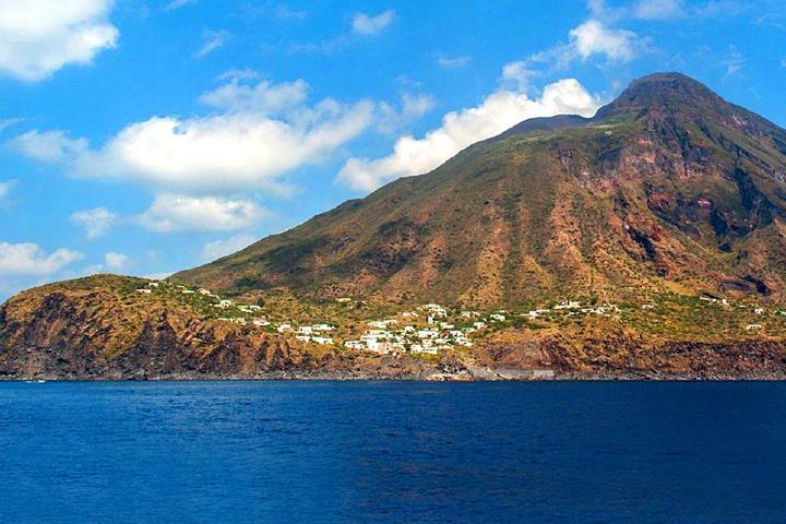 Isla Stromboli Foto: Hablemos de volcanes
