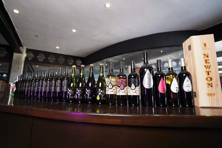 Líneas de vino Foto: Decantos Vinícola | Facebook