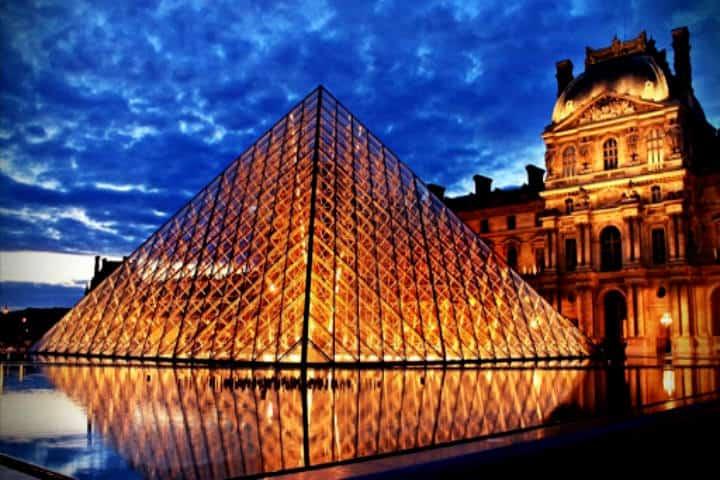 Louvre-El-Expres