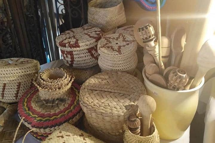 Ve al mercado de Álamos y adquiere un recuerdo para tus seres queridos, ¡Las artesanías de Sonora son un gran regalo! Foto: guerito2303