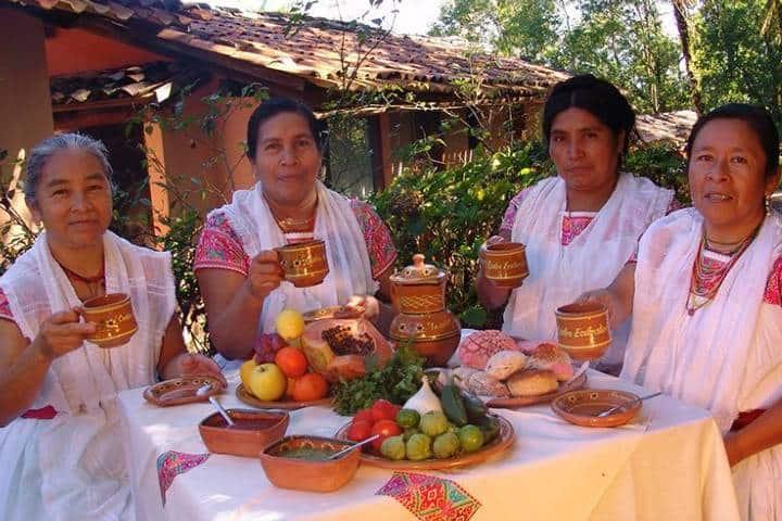 Mujeres náhuatl que trabajan en el Hotel Taselotzin Foto: National Geographic