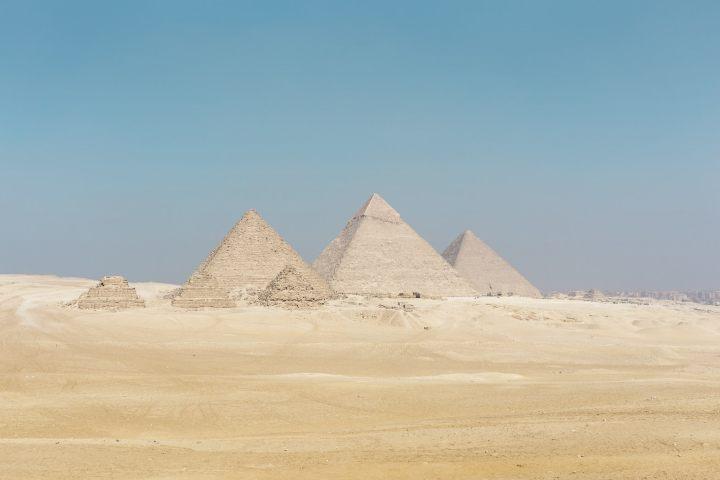 Pirámides de Egipto Foto: Adam Bichler