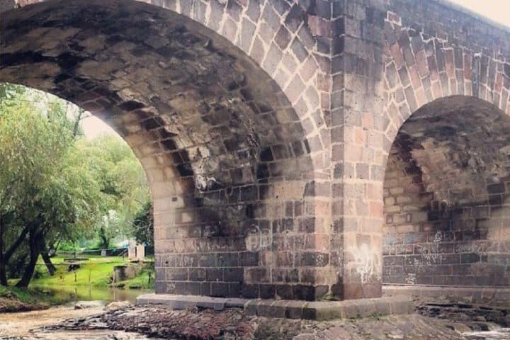 Puente de la Historia Foto zercht Instagram