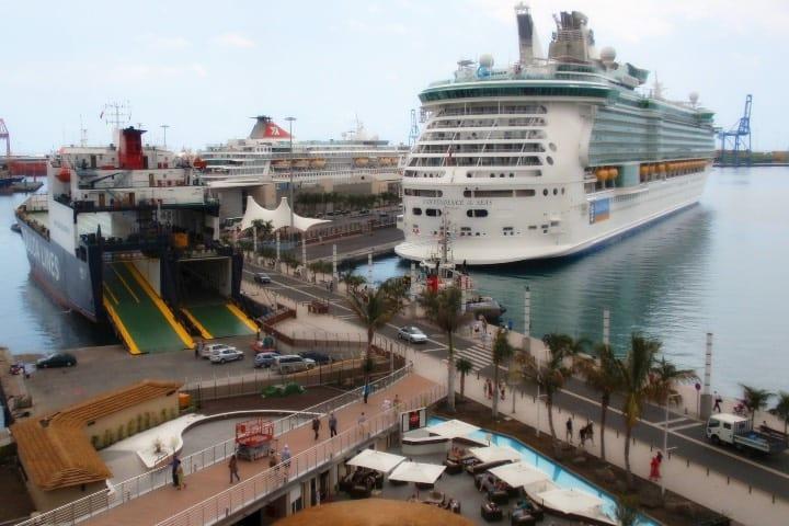 Puerto de Las Palmas Foto: Coleccionista de Instantes