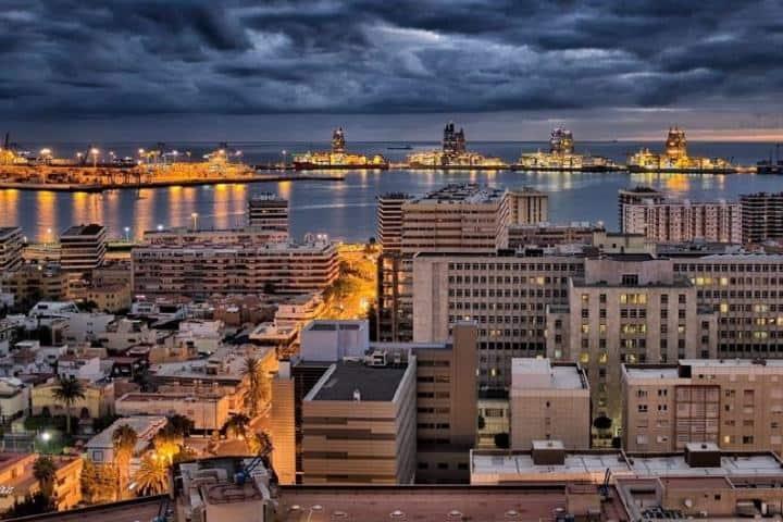 Puerto de Las Palmas en Islas Canarias Foto: Turismo de Observación