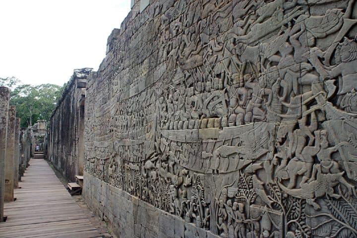 Relieves en Angkor Wat. Foto: Mundo Nomada.