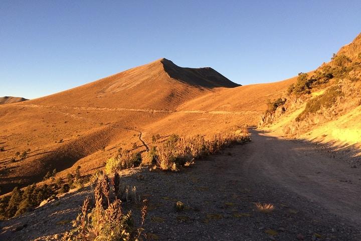 Caminos por el volcán Foto: Archivo