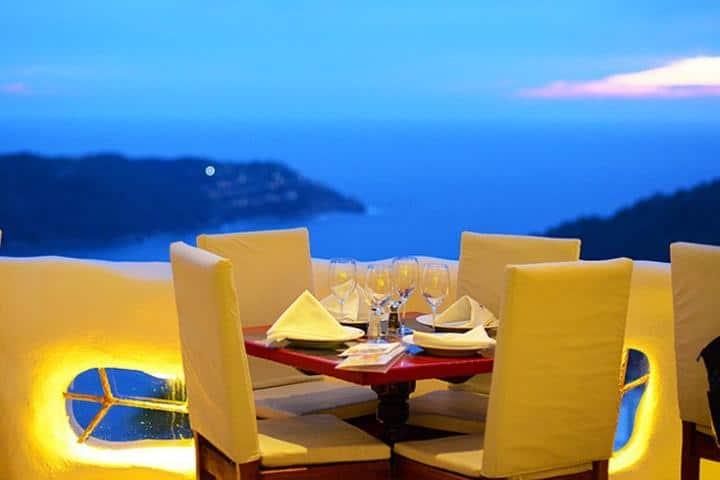 Deliciosa comida, hermosa vista, calor, buena compañía, ¿Qué más quieres? Foto: Sirocco