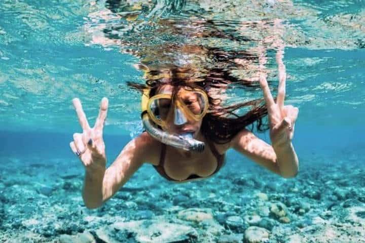 Tómate una foto así para la posteridad en el Arrecife Mesoamericano. Foto: AEE Proveedores