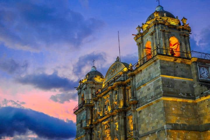 Templo de Santo Domingo durante mi viaje por Puebla y Oaxaca Foto: Guía de México