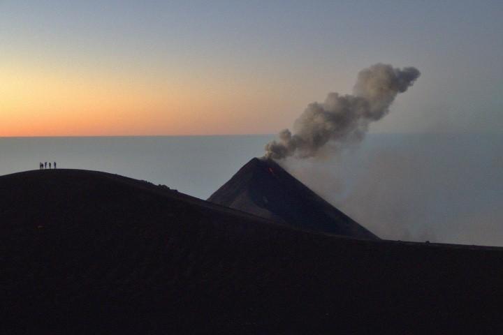Toma aérea del Volcán de Fuego en Guatemala Foto Walter Moar