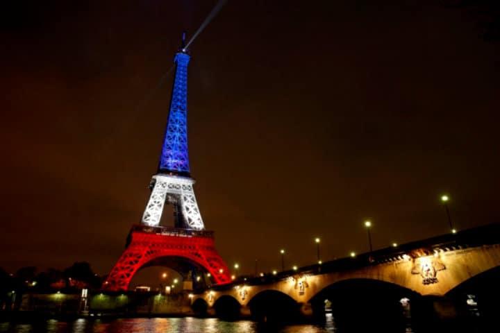 Torre-eiffel-by-AFP
