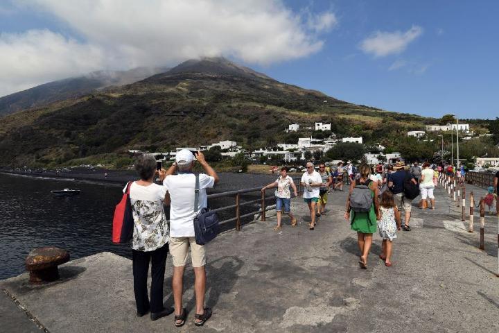Turistas en Estrambóli Foto_Noticieros Televisa