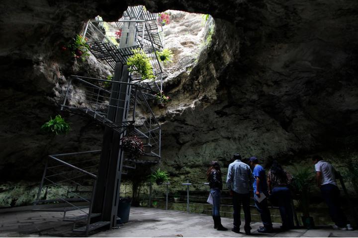 Visitantes de Cuexcomate. Foto: City Express.