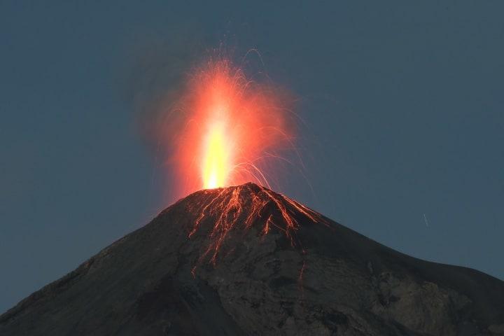 Volcán de Fuego Guatemala Foto Neruda Mejía