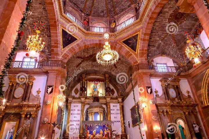 Interior de la Parroquia de San Miguel Foto: Dreamstime.com