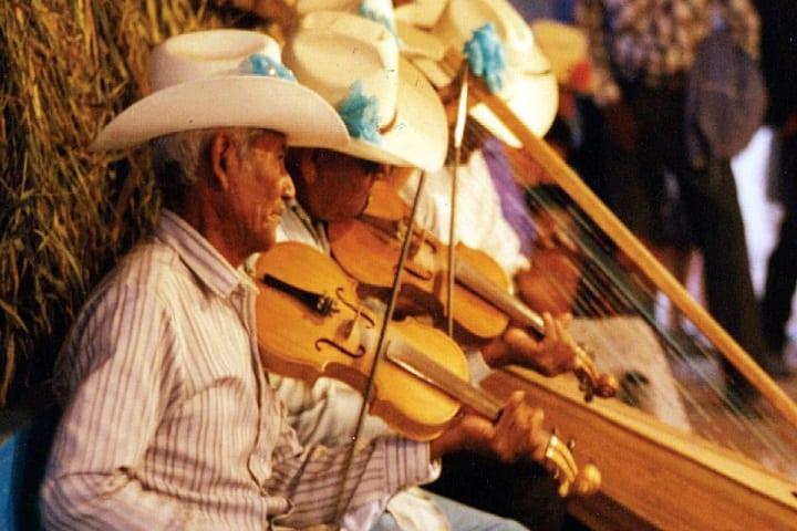 Las tradiciones indígenas han pasado de generación en generación hasta llegar a nuestros días Foto: Archivo