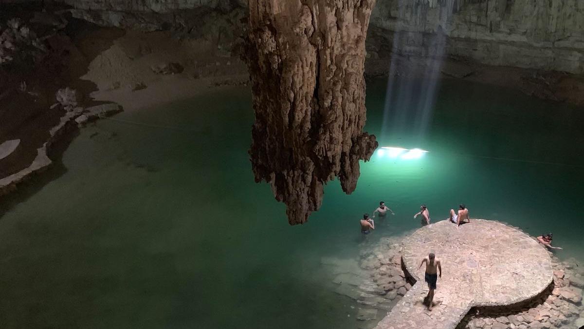 cenote-suytun-yucatan-mexico-turismo- 2