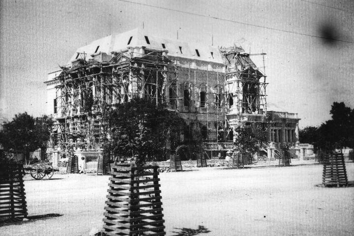 Construcción del Palacio Cantón Foto: Archivo