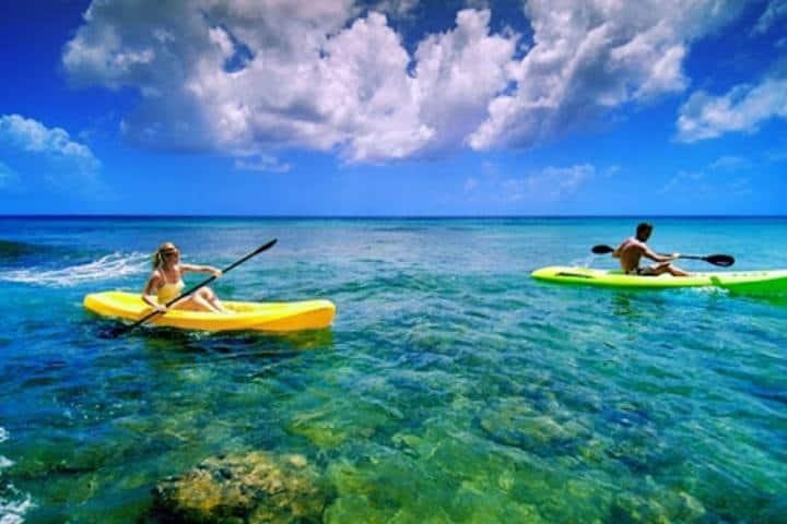 Kayaks en Parque Garrafón en Isla Mujeres. Foto: El Caribe viajes