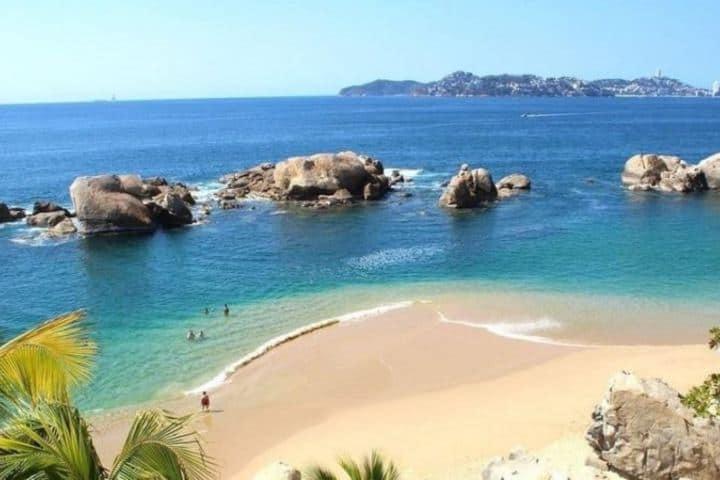 Relájate y disfruta de las tardes en una de las playas de Acapulco. Foto:Vip Experiences