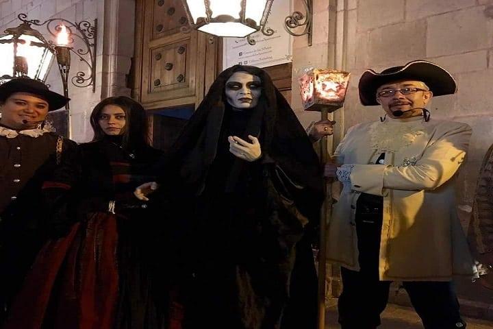 Se dice que el grupo nació durante la primer luna llena de hace 20 años... Qué miedo. Foto: Noches de Leyenda