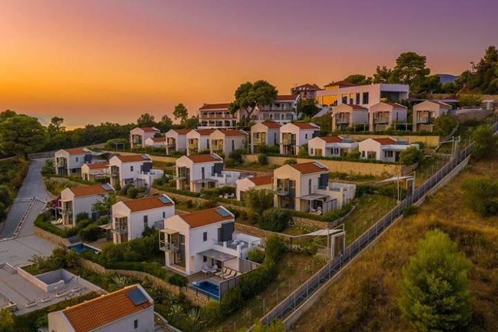 Adrina Resort en Skopelos, una opción para hospedarte. Foto: adrinahotelsskopelos