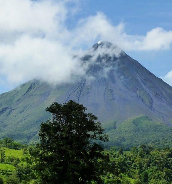 El imponente poder de la tierra, ese es el Volcán Arenal. Foto: Visit Centroamérica