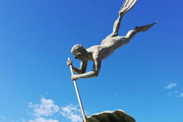 Estatua del buzo en Bucerías Nayarit. Foto: Luis Juárez J.