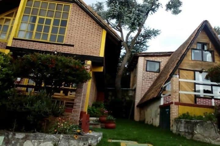 Cabañas Villa Alphina El Chalet Foto: México Destinos