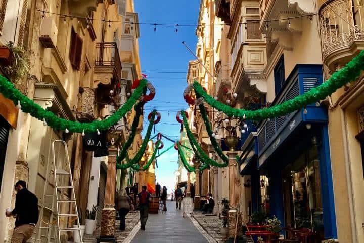 Una hermosa calle de La Valleta Foto: Ximena Martínez