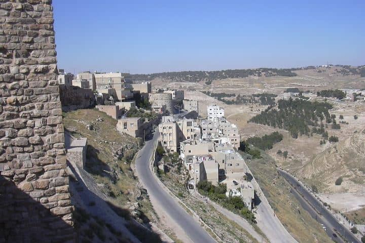 Camino a la ciudad de Al Karak. Foto: Herbert Frank