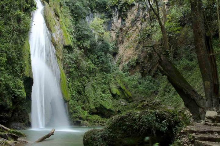 Cascada-el-Chuveje-Foto_Revista-Via-Mexico
