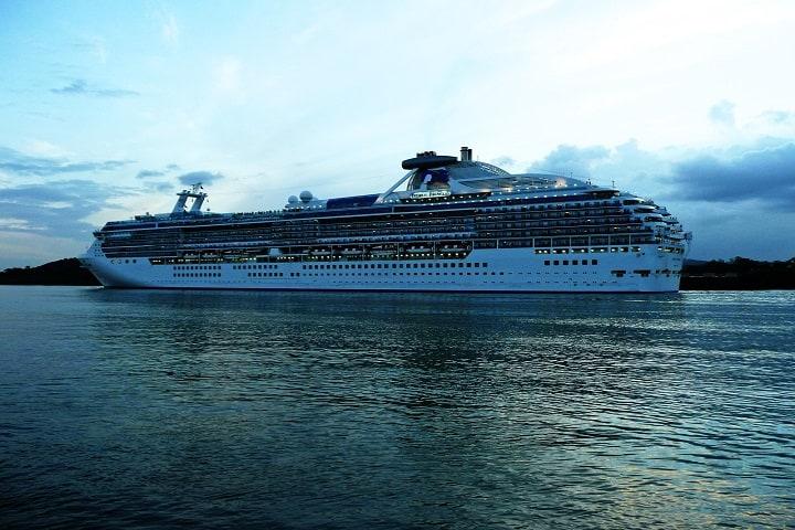 ¿No te gustaría visitar unos cuantos países a bordo de un crucero? Foto: Angelbar