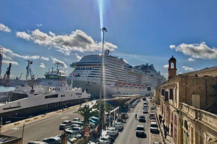 Llegando al crucero en mi viaje por Europa Foto: Ximena Martínez