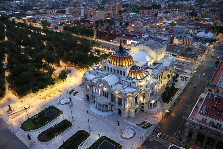 Curiosidades de Hemiciclo a Juárez. Foto Ezequiel Octaviano