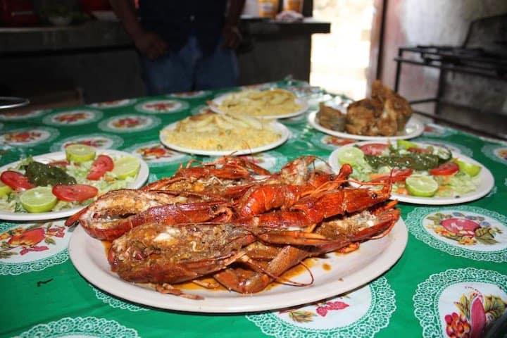 Disfruta de los deliciosos mariscos del restaurante Foto: Archivo