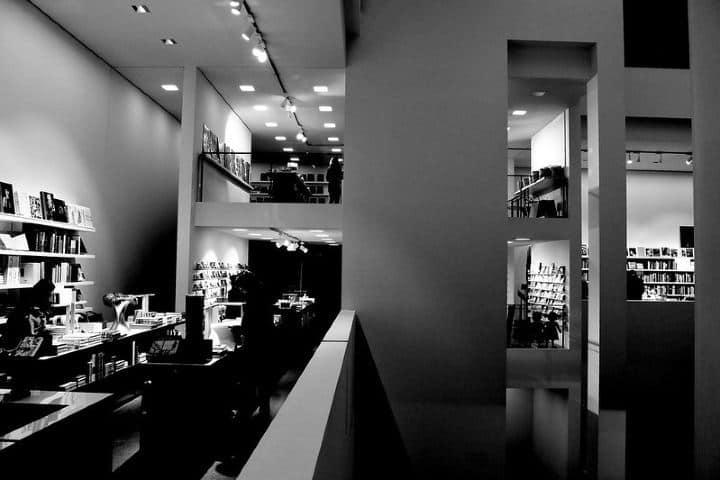 Sí que se ve llena de historia la Pinacoteca, ¿No crees? Foto:Sergii Getman