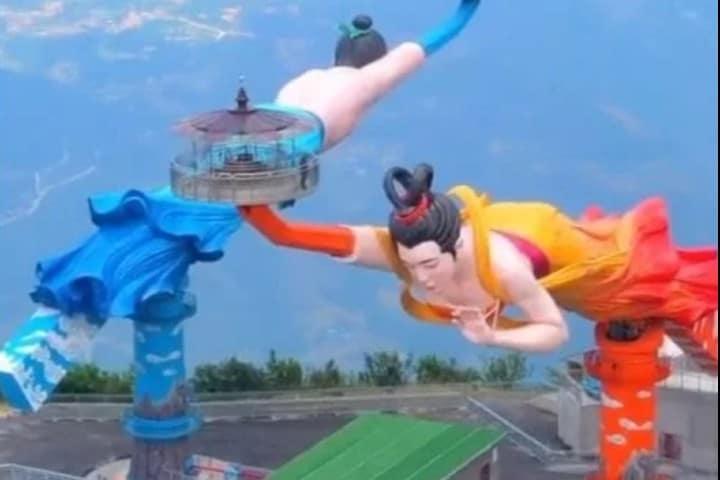 El beso volador Foto: Dazlizha