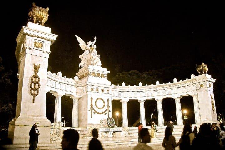 Hemiciclo a Juárez, ¡Una belleza de CDMX! Foto: James Stave