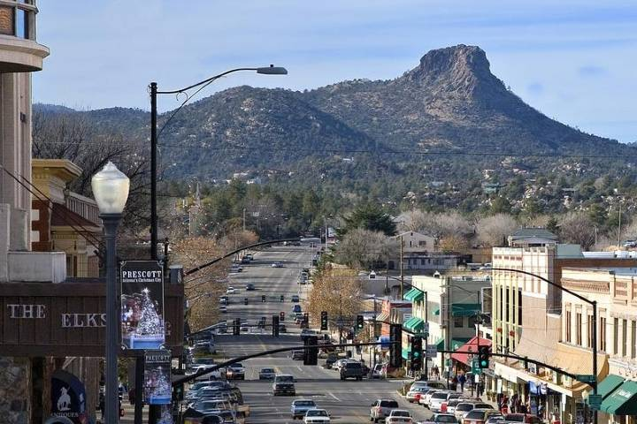 Hermosa vista del pueblo de Prescott, Arizona. Foto: Prescott House