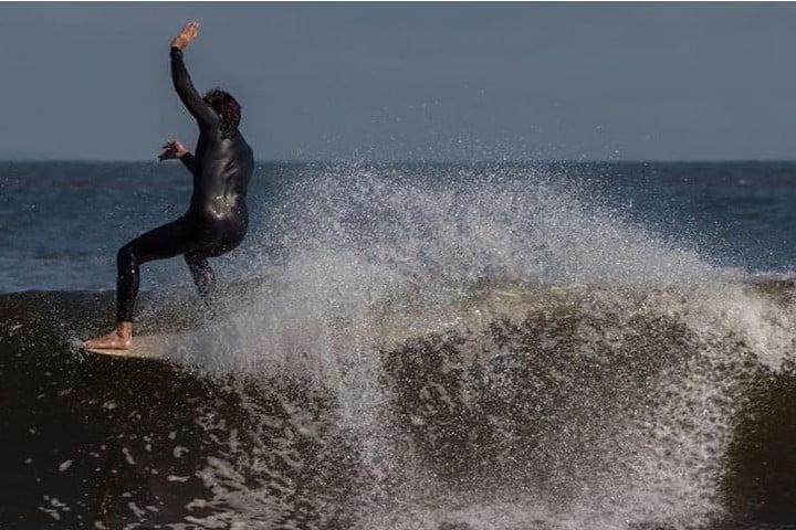 Libera tu adrenalina y siéntete el amo de las olas. Foto: Scurran_310