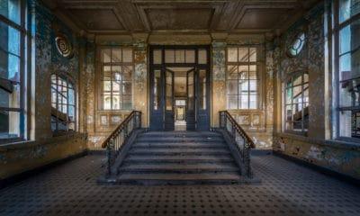 Perded toda esperanza quien entre aquí... Foto: Ies Johnstone
