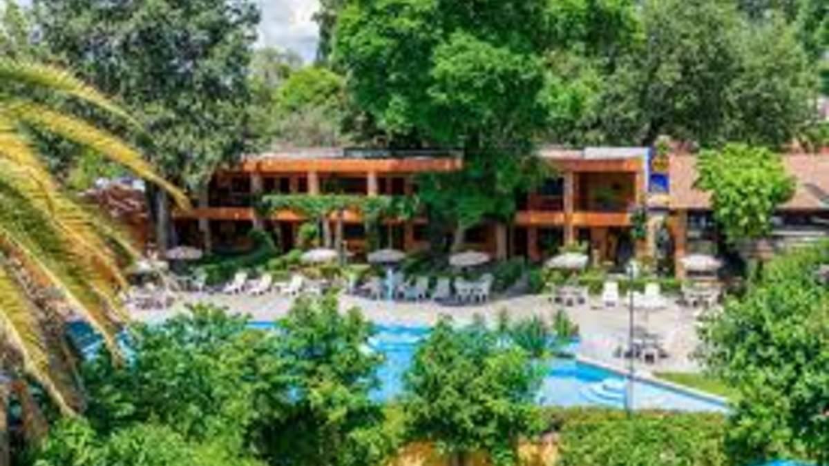 Hotel- Hotel El Relox